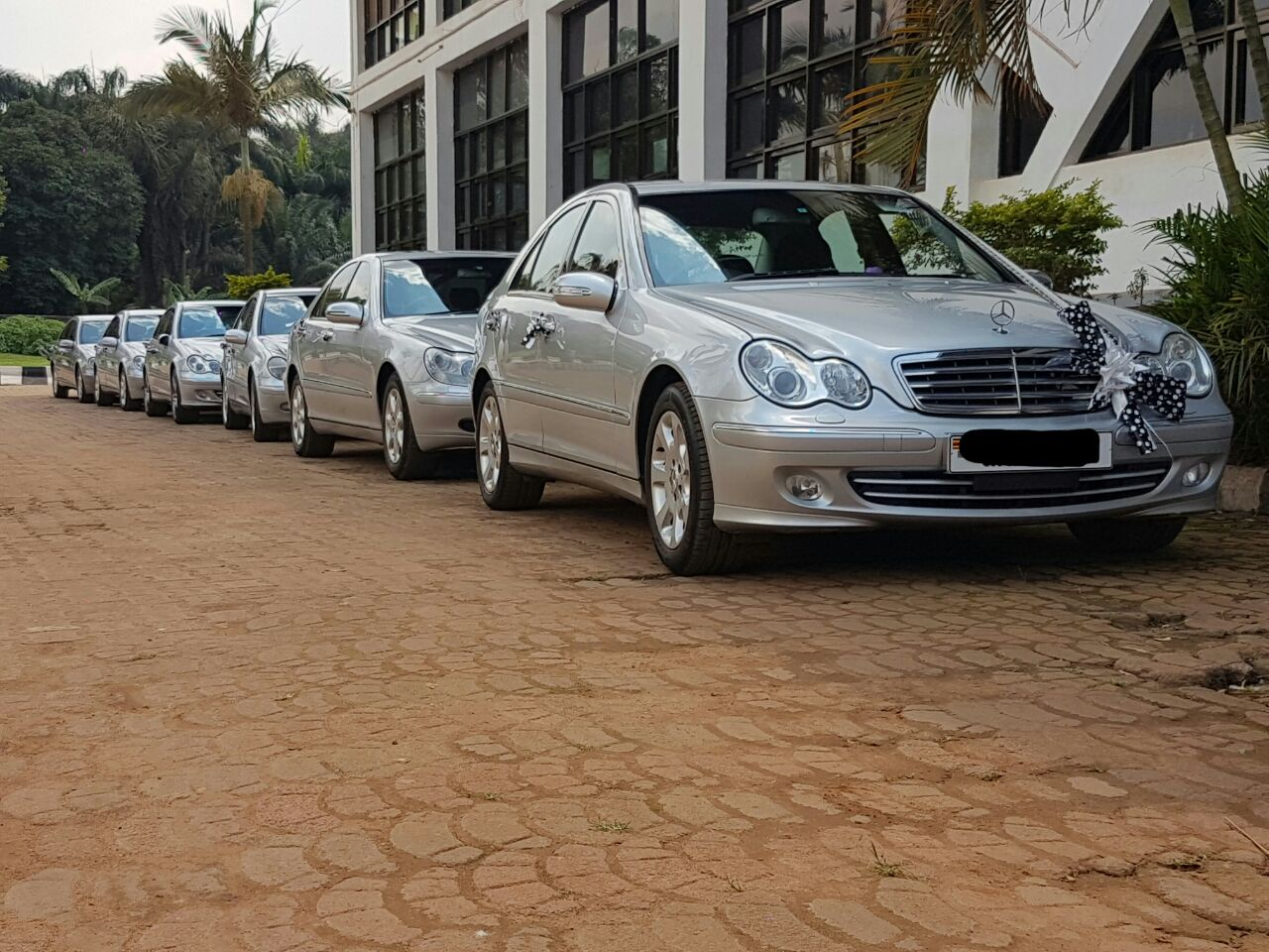 Benz wedding car hire packages